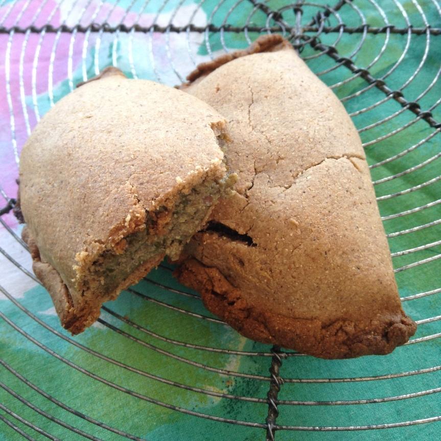 Chaussons de châtaigne fourrés aux champignons etpersil