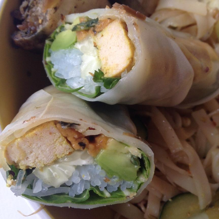 Rouleaux de printemps menthe, tofu, avocat & mangue(vegan)